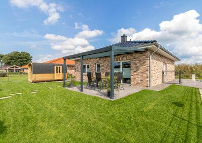 Ferienhaus direkt am See mit Sauna und Kamin in Walchum   140 €